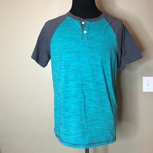 URBAN PIPELINE COPY Blue Buttoned Tee XL